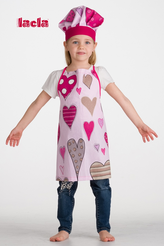 PACK OF CHILDISH HEARTS APRON AND HAT
